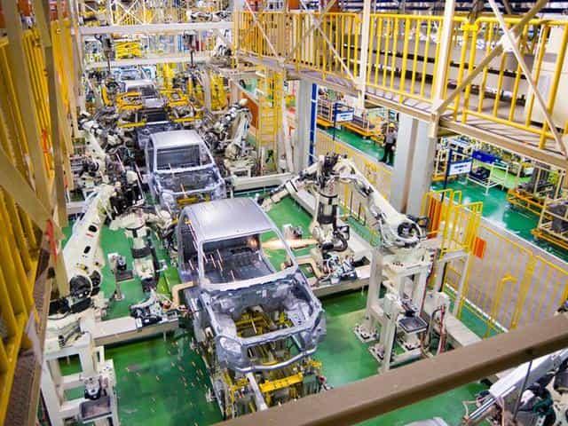 Besi sebagai Bahan Dasar Pembuatan Mobil