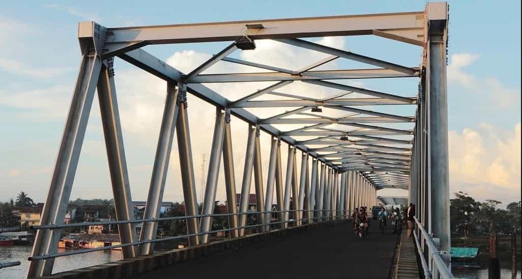 Besi sebagai Bahan Konstruksi Jembatan